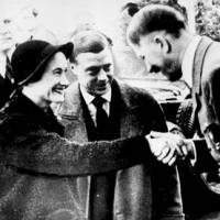 'Heil Hitler' salute photo shines light on British royals, Nazis
