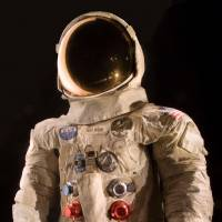 Smithsonian turns to crowdfunding to restore Armstrong's lunar spacesuit
