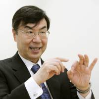 Osaka University professor Shimon Sakaguchi, one of two Japanese researchers selected for this year's prestigious Gairdner International Award, is interviewed in Osaka in March about his discovery of regulatory T cells. | KYODO