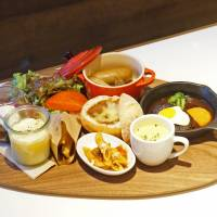 Mini me: The Little Big Plate at 100 Spoons offers a little something for everyone. | MAI HAYASHI