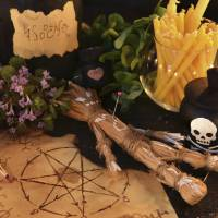 I put a spell on you: A wara ningyo (straw doll) like the one seen here was used in a recent case of intimidation in Shimane Prefecture, though the suspect says he was just exorcising his own demons after being dumped.   ISTOCK