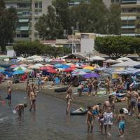 European heat waves 'boosted by climate change'