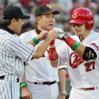 Aizawa homer helps Central League complete All-Star sweep