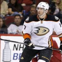 Ducks give veteran Kesler six-year contract extension