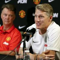 Schweinsteiger excited to reunite with van Gaal at Man United