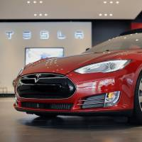 Tesla electric car gets best-ever rating from Consumer Reports
