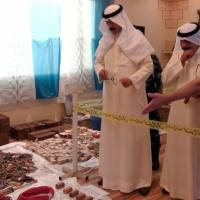 Kuwait breaks ups 'terror' cell, seizes weapons cache, says trio confessed