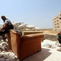 Syrian U.S,-trained rebels suffer first fatality during assault by Nusra Front
