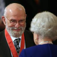Neurologist Oliver Sacks of 'Awakenings' fame dies at 82