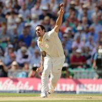 Australia tears into England on Day 2