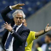 National team manager Vahid Halilhodzic reacts during Japan's World Cup qualifier against Singapore in June. | REUTERS