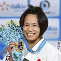 Matsumoto captures 57-kg title at world championships
