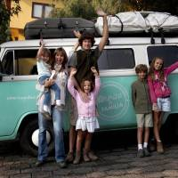 Family drives 13,000 miles in old VW bus from Argentina to see pope, not disappointed