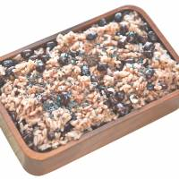 Glutinous celebrations: Sticky rice with adzuki beans, known as sekihan, is eaten during various Shinto rituals.   MAKIKO ITOH