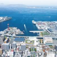 Waterfront convention center district | FUKUOKA CITY