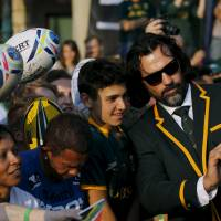 South Africa's Victor Matfield takes a selfie with fans at a public World Cup send-off for the team in Johannesburg on Friday. | REUTERS