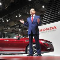Auto power play: Japan's hydrogen car in a race against China's battery drive