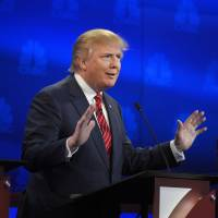 Trailing, Trump gets testy as candidates wade into GOP debate