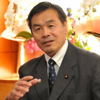 New education minister Hiroshi Hase is interviewed on Oct. 14. | YOSHIAKI MIURA