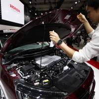 Japan's plans to fuel world's cleanest cars hitting road block