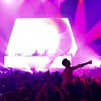 Get the party rolling: Dance music duo m-flo gets the crowd excited at the Moshi Moshi Nippon Festival. | MIINA YAMADA
