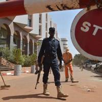 Mali manhunt targets three to four 'accomplices' in hotel bloodbath