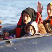 3 million migrant arrivals expected in Europe by 2017: EU
