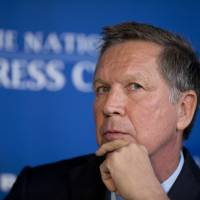 Low-polling candidate Kasich hopes, with super-PAC aid, to derail fast-talking Trump in Ohio
