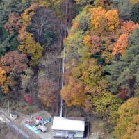 Chubu Electric Power Co.'s Miyashiro No. 1 power plant makes use of the rich flow of water and elevation of the mountains in Azumino, Nagano Prefecture.   CHUNICHI SHIMBUN