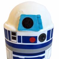 """Star Wars"" droid cakes are invading Ginza Cozy Corner"