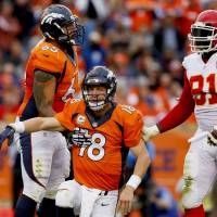 Manning benched during Broncos loss