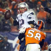 Osweiler helps Broncos inflict first defeat on Patriots