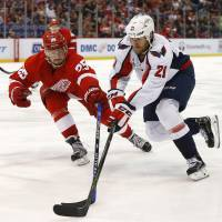 Athanasiou goal lifts Red Wings