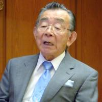 Yen guru Gyohten says Abe must stimulate economy, as BOJ has done its part