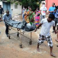 18 die in India hospital as floods cut off power