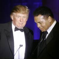 Muhammad Ali takes indirect swipe at Trump's Muslim rhetoric