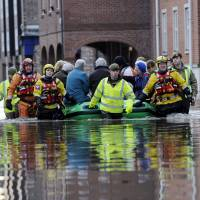 More flooding in northern England prompts emergency government talks