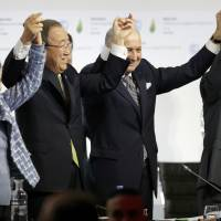 Fear of failure, smoothness of French diplomacy sealed Paris climate deal