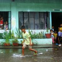 Powerful typhoon pounds Philippines, prompting over 700,000 to flee