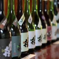 Sake industry seeking to boost flagging consumption