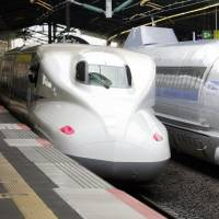 Sanyo Shinkansen bullet trains are seen at Shin-Kobe Station in Kobe. JR West says a laser was apparently aimed at the driver of a waiting bullet train in late November. | KYODO