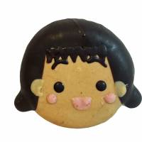 Bite into the enlarged head of 'Chibi Maruko-chan'