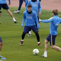 Barca's Neymar remains sidelined