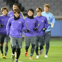 Sanfrecce Hiroshima practices on Wednesday in preparation for their Club World Cup opener against Auckland City. | KYODO