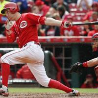 Frazier goes from Reds to White Sox in three-team trade