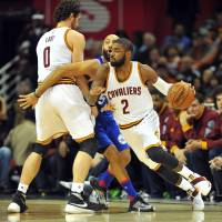 Irving makes season debut in rout