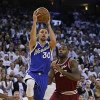 Cavaliers still no match for Warriors