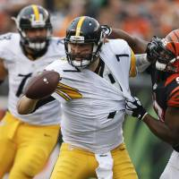 Steelers rough up Bengals