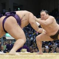 After Hakuho exceeded all expectations, can Mitakeumi or Homarenishiki become the next superstar?