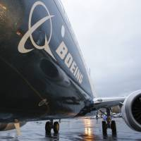 Boeing hit record 762 airplane deliveries in '15 but orders hit downdraft; jet backlog near 5,800
